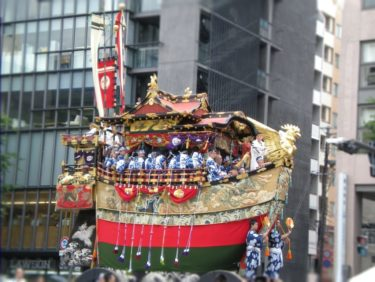 京都祇園祭の日程と屋台はいつ?外国人にもおすすめの見所はここ!